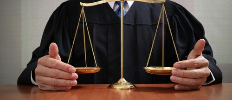 Más de 2.500 jueces reclaman a la UE que actúe ante el riesgo de violación grave del Estado de Derecho en España
