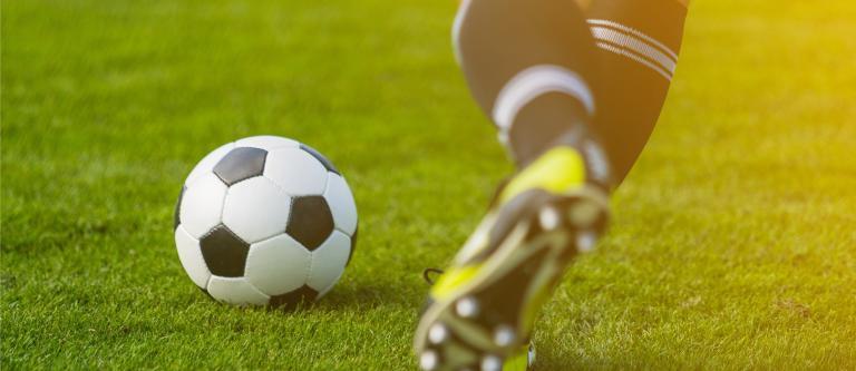 La Cátedra Pérez-Llorca/IE analiza las principales tendencias en financiación deportiva