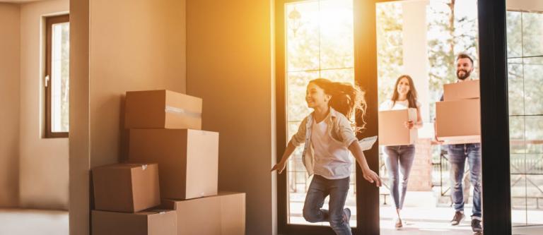¿Hay excepciones a no atribuir el uso de una vivienda distinta a la familiar?