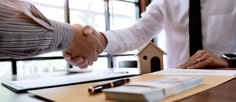 Adjudicación vivienda por deuda hipotecaria