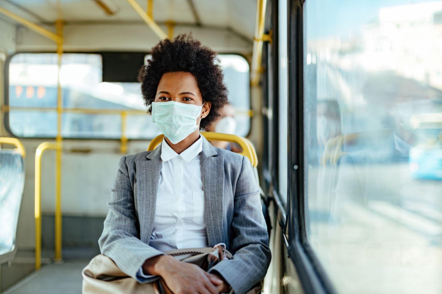 Uso de mascarilla en autobuses