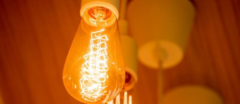 El Real Decreto de metodología para calcular los cargos de la factura de electricidad arranca su período de información pública